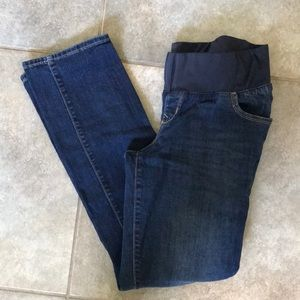 Old navy maternity jeans size 6